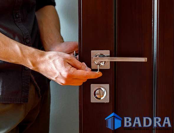 Cerrajero apertura puertas Madrid